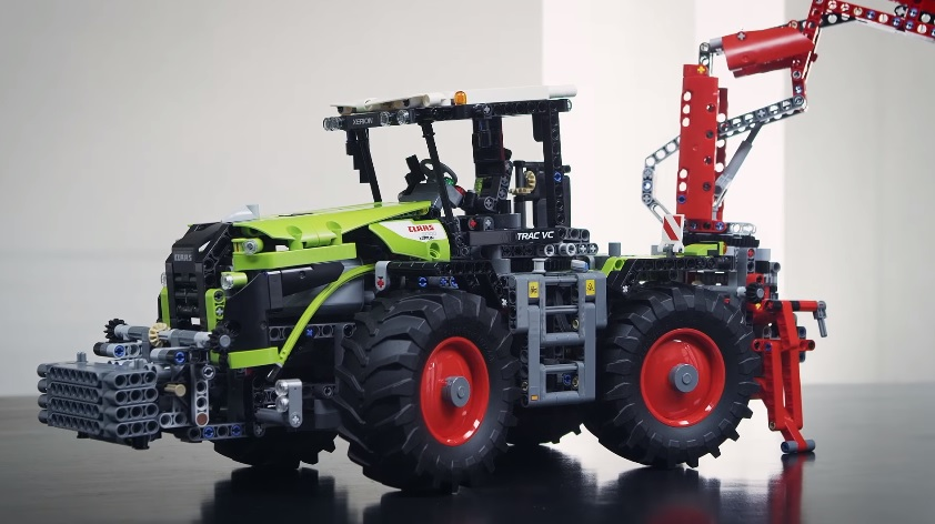 claas xerion 5000 track vc lego technic videos lego com. Black Bedroom Furniture Sets. Home Design Ideas
